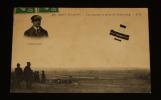Carte postale ancienne : Bron-Aviation - Une descente en flèche de Kimmerling. Collectif