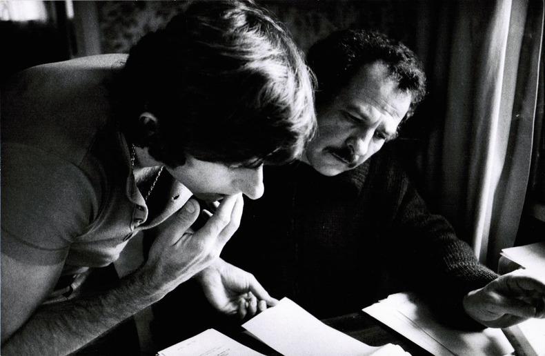 """[Photographie originale] Roman Polanski et Gérard Brach pendant le tournage de """"Che ?"""" (""""Quoi ?""""), 1972, photographiés par Jean-Michel Folon. ..."""