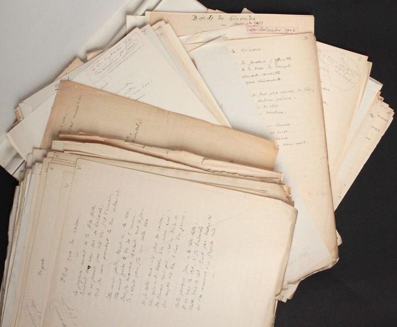 """[Manuscrits autographes en très grande partie inédits] Poésies : """"Le Coeur et les yeux"""". Pichon, Edouard (1890-1940, médecin, psychanalyste et ..."""