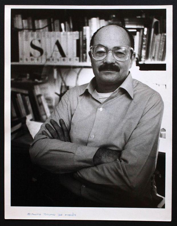 Portrait photographique de Jean-Jacques Pauvert par Bruno de Monès (tirage vintage signé). [Pauvert, Jean-Jacques (1926-2014)] - Monès, Bruno de (né ...