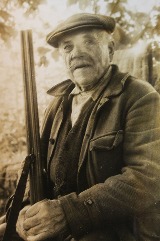 Photo presse vintage 1963 le plus vieux chasseur de France Darnac Limousin.