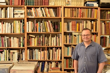 Librairie l'Arnaqueur