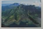 Tahiti et ses archipels (avec hommage de l'auteur). Aubert Madelaine  Aubert Michel