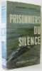 Prisonniers du silence. Beach