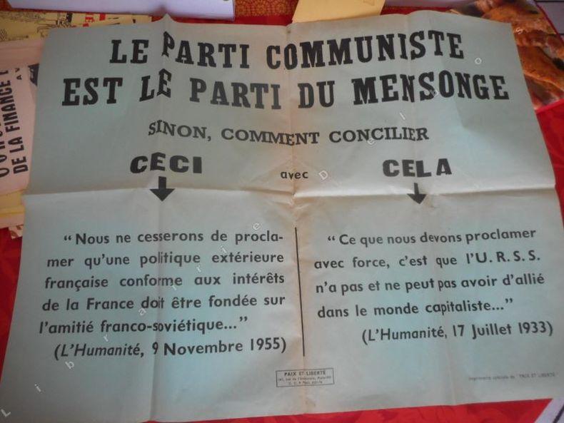Le Parti Communiste est le parti du mensonge ... . ( POUJADE Pierre )
