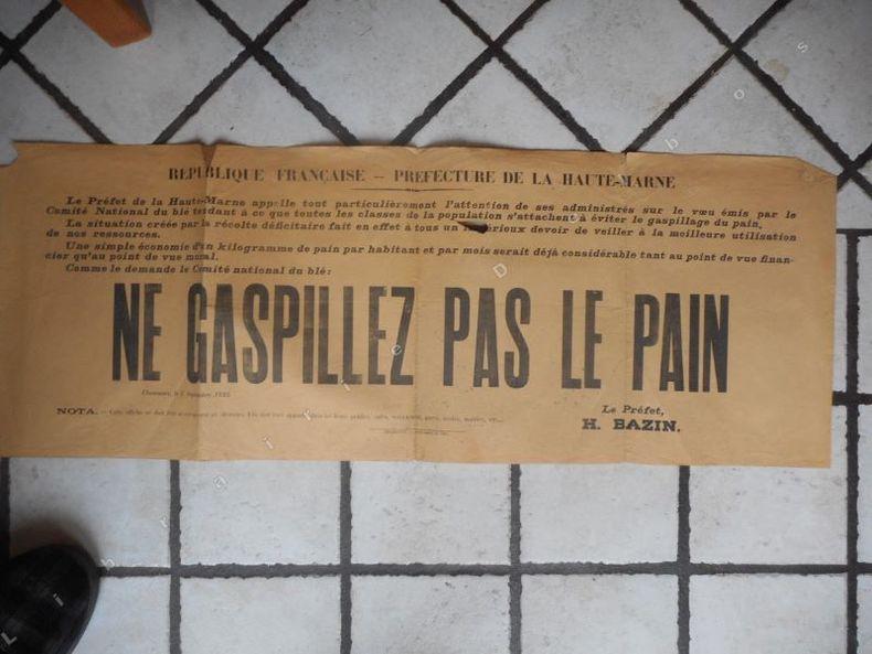 Prefecture de la Haute-Marne - NE GASPILLEZ PAS LE PAIN . Anonyme