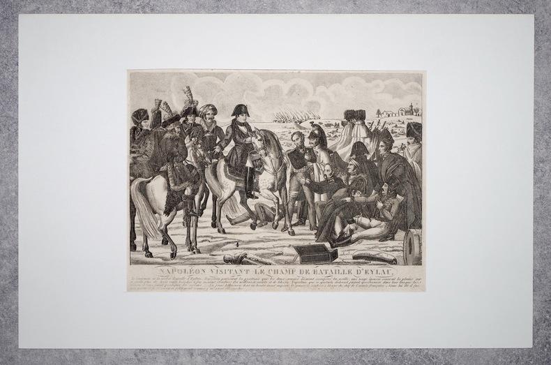 NAPOLEON VISITANT LE CHAMP DE BATAILLE D'EYLAU..