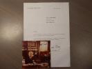 Lettre dactylographiée et signée + photographie signée.. PINAY Antoine