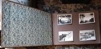 Album photo de famille, les photographgies sont en noir-blanc,  . Album photos Photographie de famille