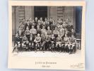 Photographie originale Classe de Troisième A 2 Lycée de Bordeaux Année Scolaire 1923 - 1924 :  Professeur principal : M. Girault. Elèves : LeBreton, ...