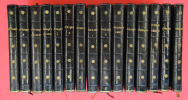 [Magnifique ensemble (en reliure uniforme) de 15 des 16 volumes imprimés par Didot pour sa collection des moralistes anciens, 12 d'entre eux dans ...