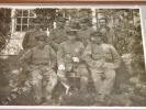 Photographie argentique ancienne représentant des soldats et leurs instructeurs. JAPON. . [ANONYME].