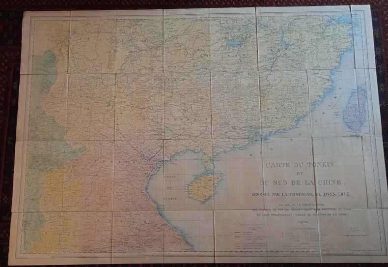 Carte du Tonkin et du sud de la Chine dressée par la compagnie Fives-Lille en vue de la construction des chemins de fer du Tonkin=Hanoi à la frontière ...