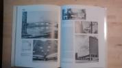 Histoire visuelle de l'architecture du XXe siècle.. Sharp, Dennis