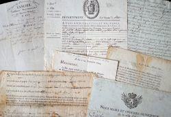 Bel ensemble de documents XVIIe-XIXe sur Aix-en-Provence..