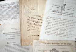 Intéressant ensemble de documents XVIIe et révolutionnaires sur les Bouches-du-Rhône..