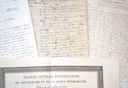 Ensemble de documents anciens sur Rouen..