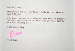Erich Segal invite Philippe Bouvard à Londres.. Erich Segal (1937-2010) Ecrivain et scénariste américain, auteur de Love Story.