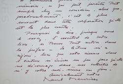 Le comédien Paul Meurisse agacé par l'aisance d'écriture de Philippe Bouvard.. Paul Meurisse (1912-1979) Acteur, pensionnaire de la Comédie française.