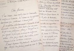 Belles lettres de Pierre Harmignie, sollicité par Félicien Marceau.. Pierre Harmignie (1885-1944) Prêtre, curé-doyen de Charleroi, professeur à ...