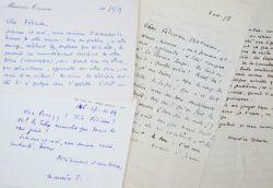 Maurice Toesca admiratif des oeuvres de son ami Félicien Marceau.. Maurice Toesca (1904-1998) Ecrivain et journaliste, ancien élève d'Alain, ...