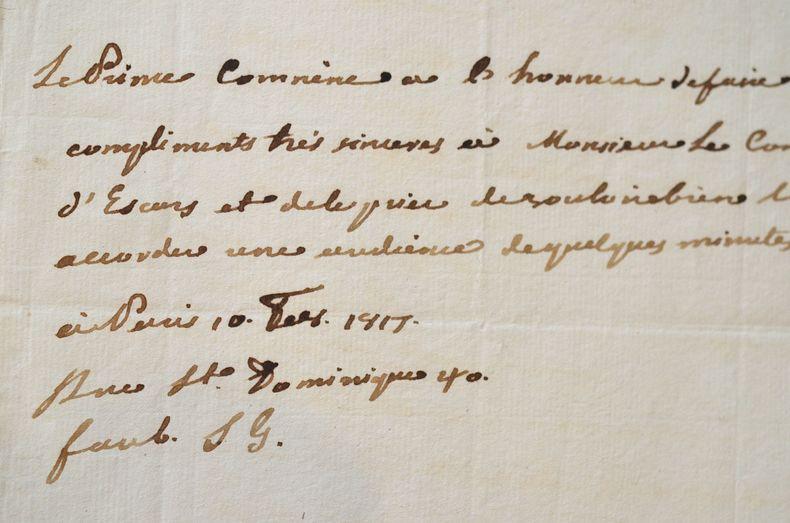 Le prince de Comnène demande audience au comte d'Escars.. Démétrius Stephanopoli de Comnène (1749-1821) Notable corse d'origine grecque, général au ...