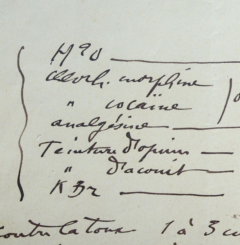 Capitan prescrit morphine, cocaïne et opium. Louis Capitan (1854-1929) Préhistorien, anthropologue, il participe à la fouille de nombreux sites.