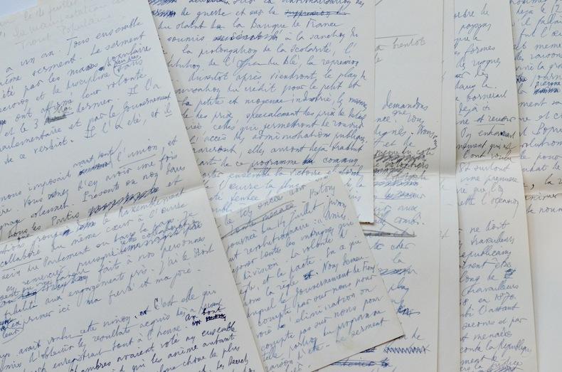 Précieux manuscrit du discours de Léon Blum du 14 juillet 1936. Léon Blum (1872-1950) Elu député de la Seine en 1919, il devient l'un des principaux ...