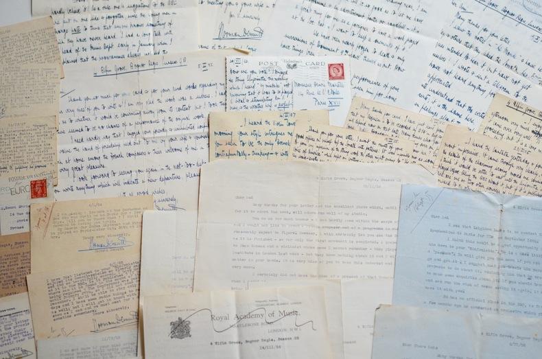Longue correspondance du compositeur Norman Demuth. Norman Demuth (1898-1968) Compositeur et musicologue anglais.