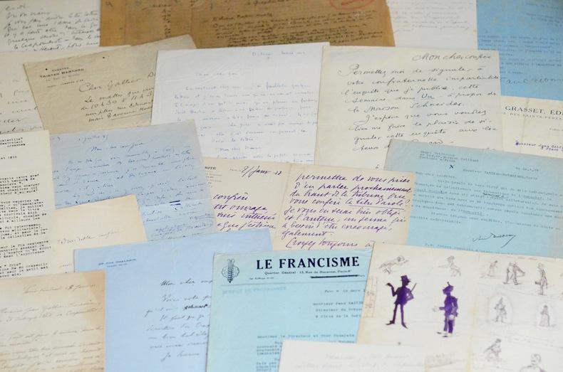 Le Crapouillot : correspondance, dessins et manuscrits.