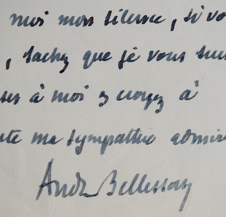Cinq lettres d'André Bellessort. André Bellessort (1866-1942) Poète et essayiste français.