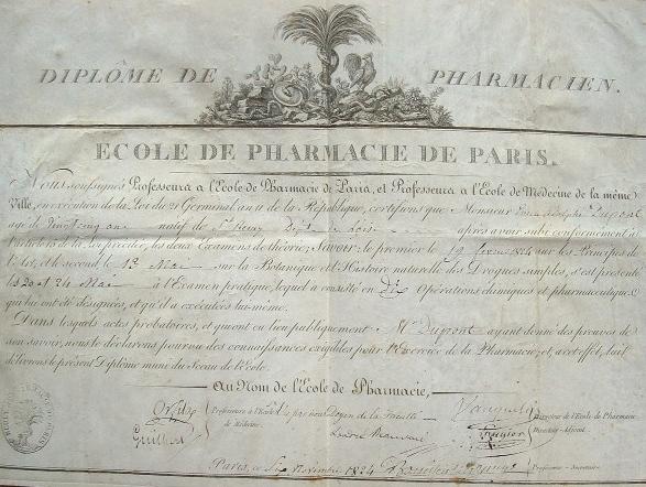 Diplôme de pharmacien de l'école de Paris de 1824.. Nicolas Louis Vauquelin (1763-1829) Chimiste, découvreur du chrome.Mathieu Orfila (1787-1853) ...