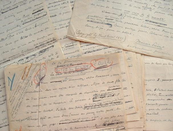 Manuscrit d'une chronique de Marcel Prévost.. Marcel Prévost (1862-1941) Romancier. Membre de l'Académie française (1909).