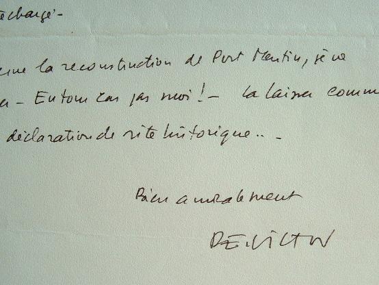 Paul-Emile Victor n'envisage pas la reconstruction de la base de Port-Martin.. Paul-Emile Victor (1907-1995) Ethnologue et explorateur.
