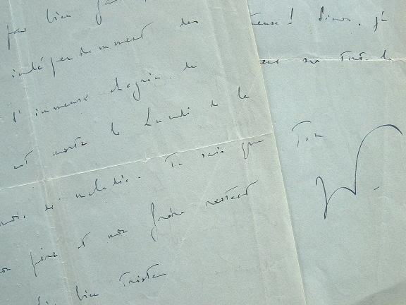 Jean-Pierre Aumont, au front, apprend le décès de sa mère.. Jean-Pierre Aumont (1911-2001) Acteur et résistant, il joue dans Hôtel du Nord de Carné et ...