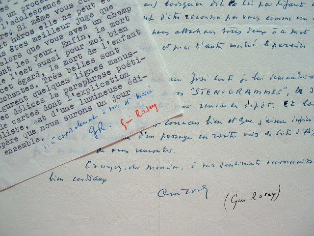 Le poète surréaliste Gui Rosey se joue de la mort.. Gui Rosey (1896-1981) Poète surréaliste, membre du Groupe surréaliste, l'un des rédacteurs du ...