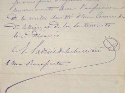 Le Dr Ladreit de La Charrière fait examiner sa soeur.. Jules François René Ladreit de La Charrière (1833-1903) Médecin oto-rhino-laryngologiste, ...