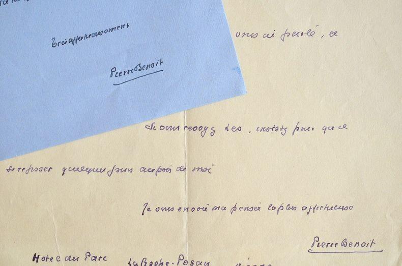 Pierre Benoit secrètement amoureux.. Pierre Benoit (1886-1962) Romancier, élu à l'Académie française en 1931.