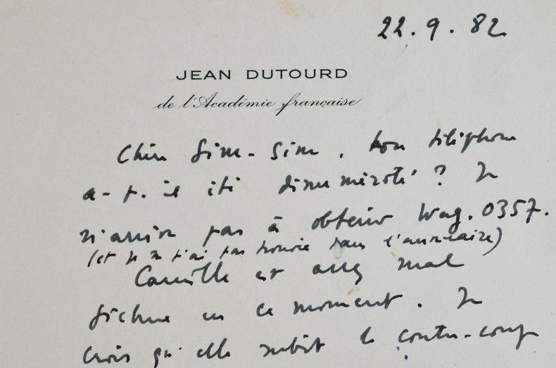 Jean Dutourd inquiet pour Camille.. Jean Dutourd (1920-2011) Romancier et essayiste, académicien.