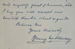 L'explorateur Stanley félicité.. Henry Morton Stanley (1841-1904) Explorateur britannique de l'Afrique noire, il retrouva Livingstone.