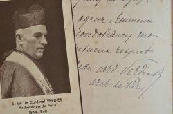 Le cardinal Verdier affecté par la mort d'Édouard Branly.. Jean Verdier (1864-1940) Archevêque de Paris, le Cardinal Verdier est un évêque de l'Action ...