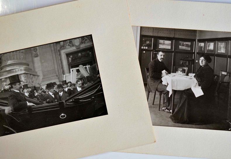 Deux belles photos de Louis Blériot à son retour d'Angleterre.. Louis Blériot (1872-1936) Aviateur français. Il fut le premier àtraverser la Manche, ...