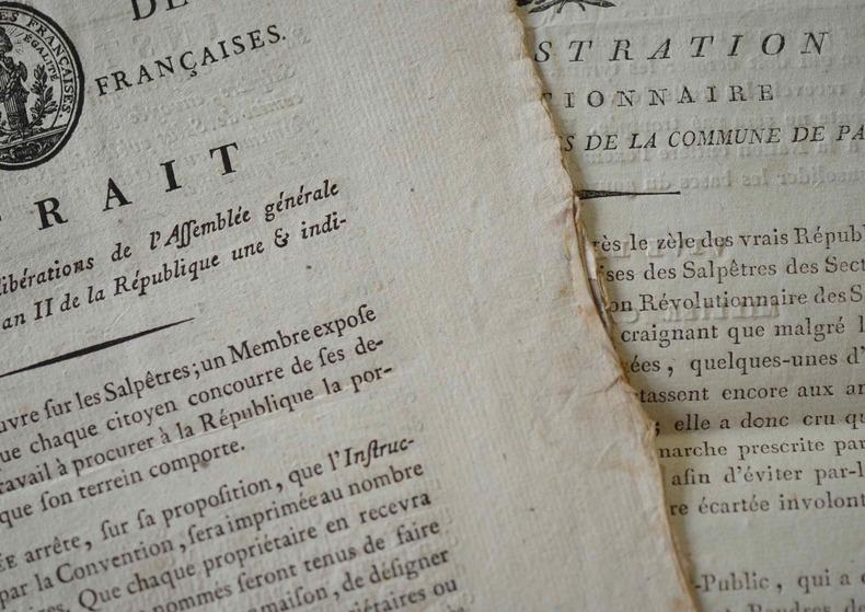 Deux imprimés révolutionnaires sur les Poudres et Salpêtres..