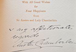 Les voeux d'Austen Chamberlain.. Austen Chamberlain (sir) (1863-1937) Homme politique anglais, instigateur des Accords de Locarno, qui lui valent le ...