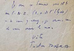 Tristan Tzara se rend au Comité National des Ecrivains.. Tristan Tzara (1896-1963) Ecrivain et poète, l'un des fondateurs et chef de file du mouvement ...