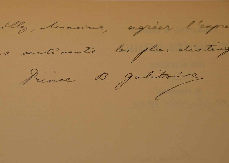 Le sismologue russe, Boris Galitzine, au Congrès de Physique.. Boris Galitzine (Prince) (1862-1916) Physicien russe, l'un des fondateurs de la ...
