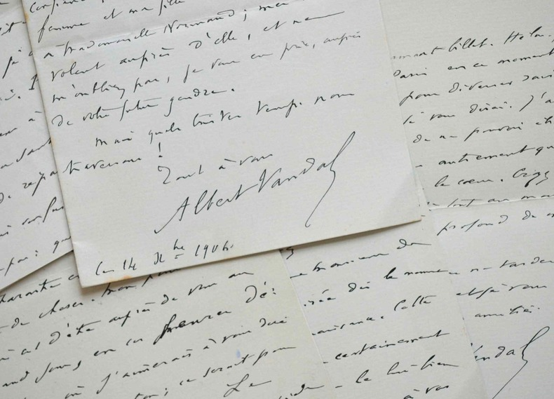 Correspondance de 10 lettres de l'historien et académicien Albert Vandal.. Albert Vandal (1853-1910) Historien, membre de l'Académie française (1896).