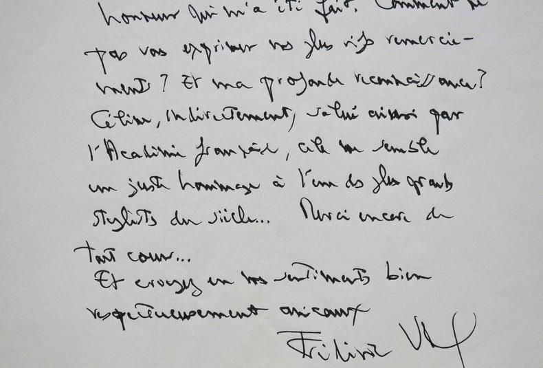 Frédéric Vitoux distingué par l'Académie pour sa biographie de Céline.. Frédéric Vitoux (1944-0) Ecrivain, biographe et critique littéraire, membre de ...