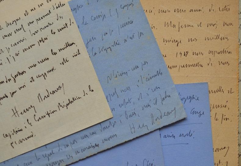 Correspondance de 13 lettres d'Henry Bordeaux à Jacques Des Gachons.. Henry Bordeaux (1870-1963) Romancier, critique littéraire, académicien (1919). ...
