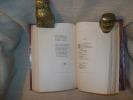 LE LIVRE DES CENT BALLADES contenant des conseils à un Chevalier pour aimer loyalement et les réponses aux ballades.. ANONYME